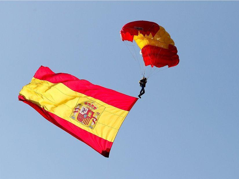 Osamosvajanja Katalonije ne moremo primerjati s Slovenijo ali Kosovom