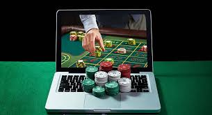 Online Gambling under EU Law: Strolling Between Controlled Expansion and Genuine Diminution of Gambling Opportunities